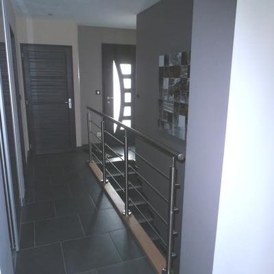 SV : Maison neuve - Entrée